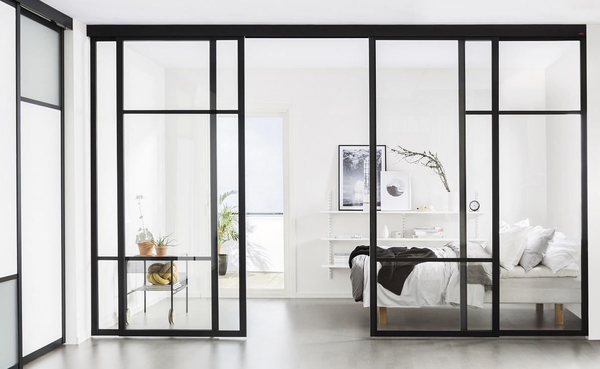 Raumteiler Schiebetür Aluminium schwarz mit Glas